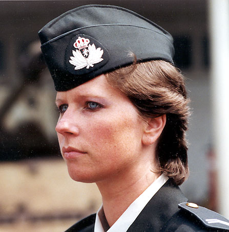 military_woman_belgium_army