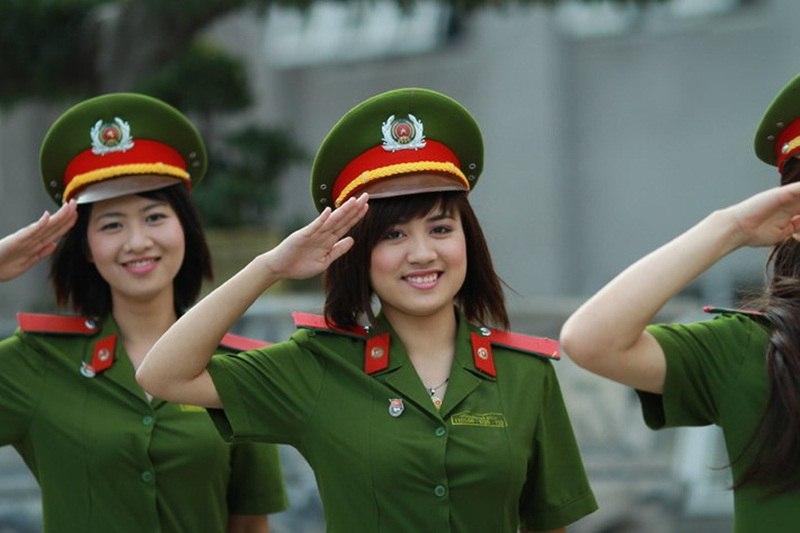 Сотрудницы полиции Вьетнама