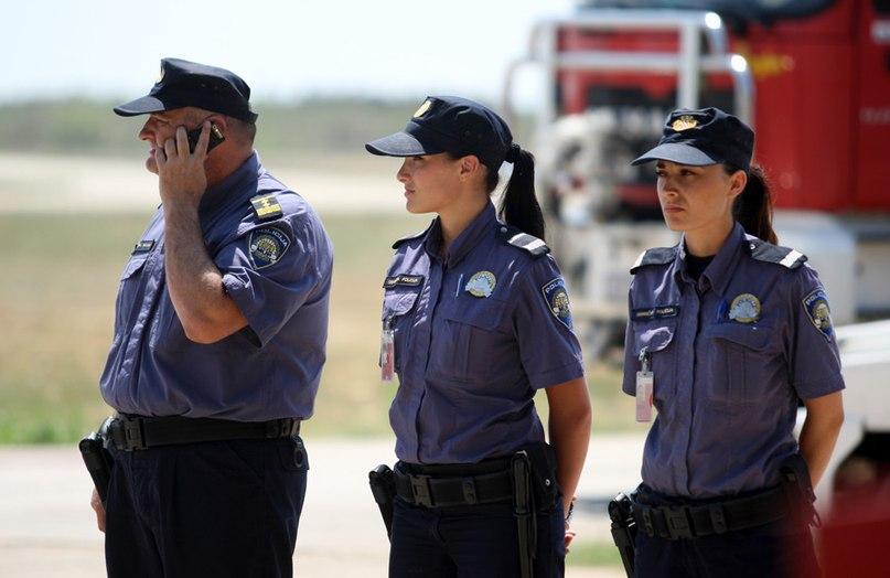 Сотрудники полиции Хорватии