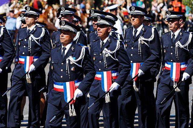 Стажеры французской Национальной полицейской академии
