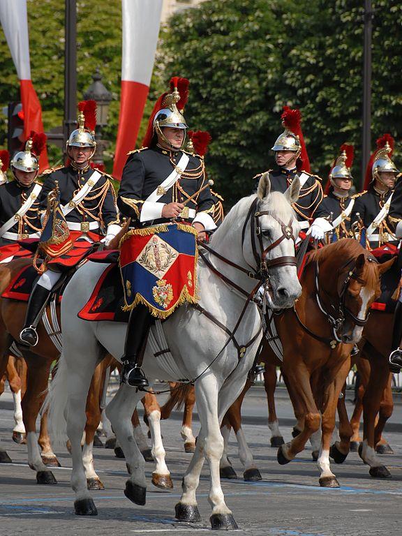 аксельбанты кавалерийского полка республиканской гвардии