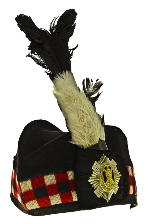 British_Royal_Scots_Feathered_Piper's_Glengarry_Cap