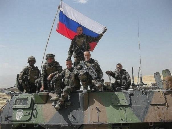 Бойцы французского иностранного легиона на броне «VAB». Афганистан.