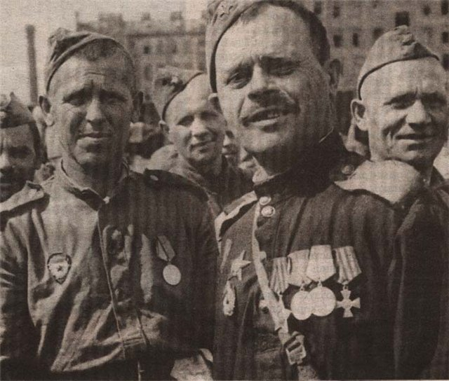 гвардии рядовой Ф. Г. Вадюхин