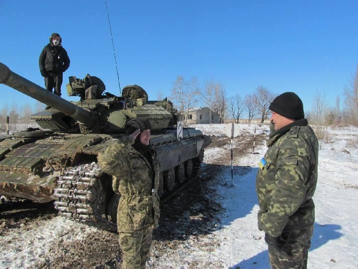 devushka-tankisti004