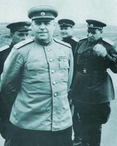 Александр Михайлович Василевский главнокомандующий советскими войсками на Дальнем Востоке в войне с Японией.