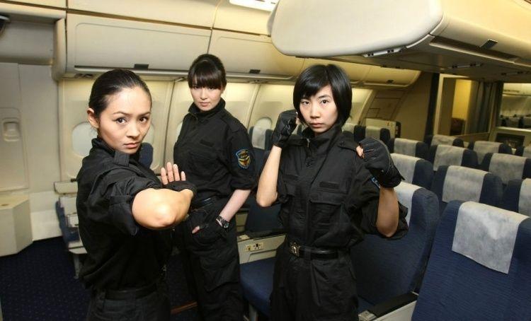 сотрудники охраны авиационной безопасности