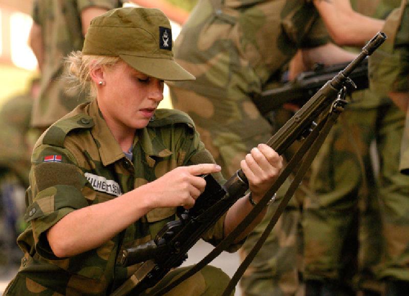 Skromnoe-obayanie-norvezhskojj-armii13