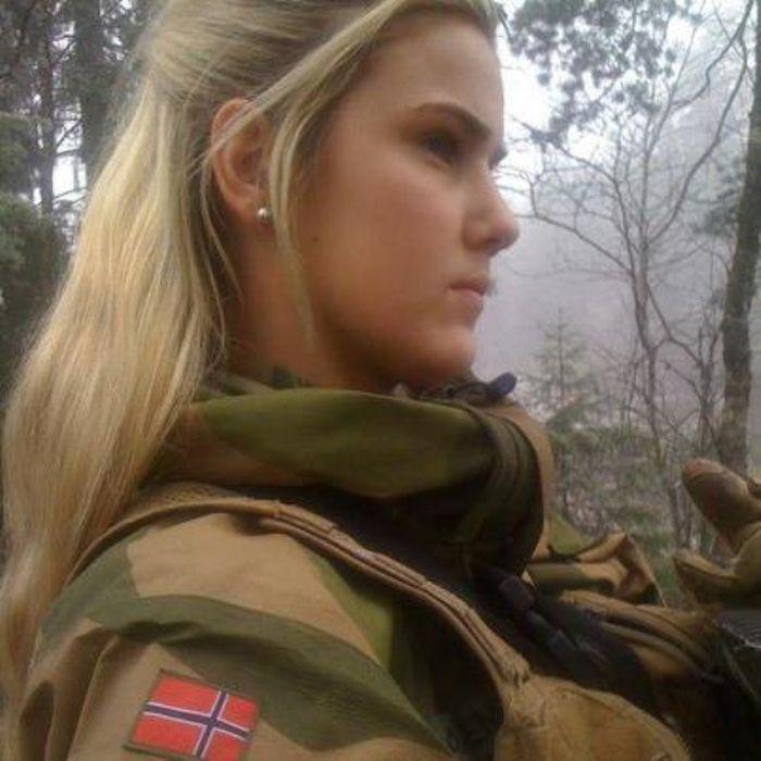 Skromnoe-obayanie-norvezhskojj-armii30