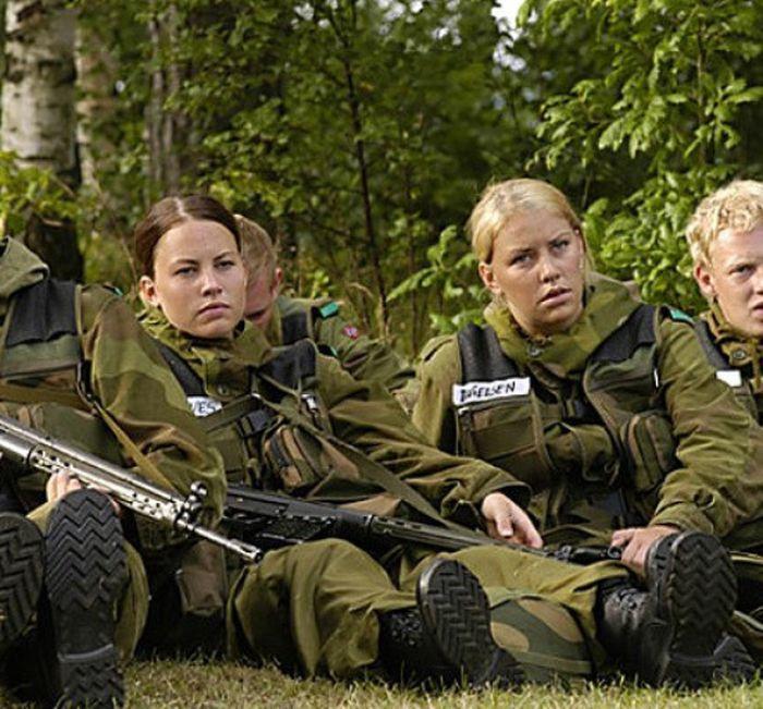 Skromnoe-obayanie-norvezhskojj-armii37