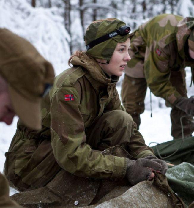 Skromnoe-obayanie-norvezhskojj-armii39