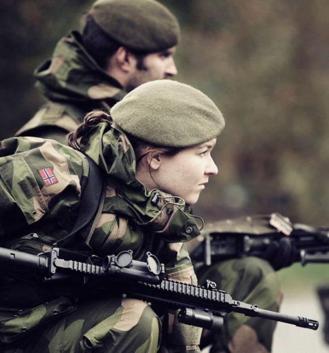 Skromnoe-obayanie-norvezhskojj-armii50
