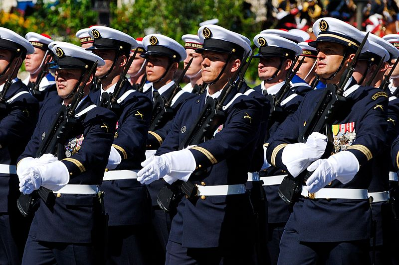 Fusiliers_marins_Toulon_Bastille_Day_2008
