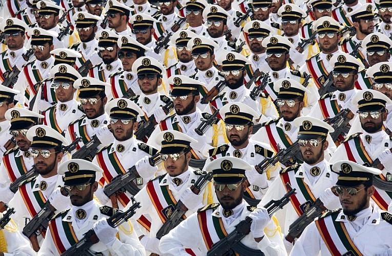 Члены иранской Революционной гвардии