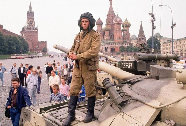 Первый день ГКЧП. Танки возле Красной площади