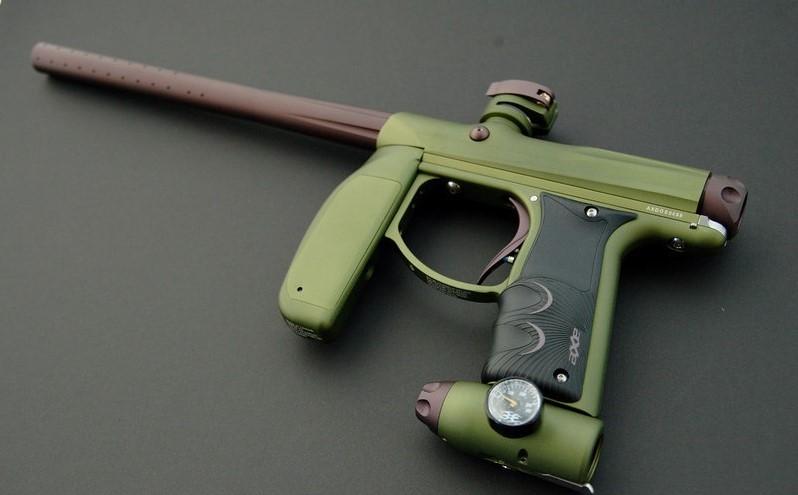 Пневматическое оружие для командных игр