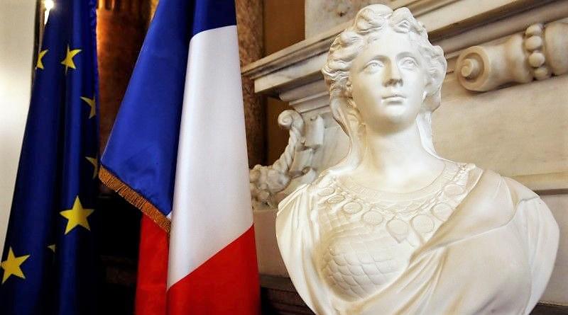 Марианна - символ Франции8