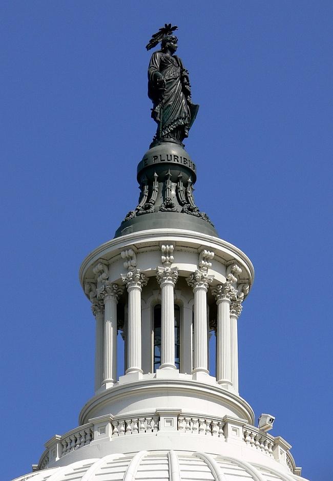 Статуя Свободы на Капитолии