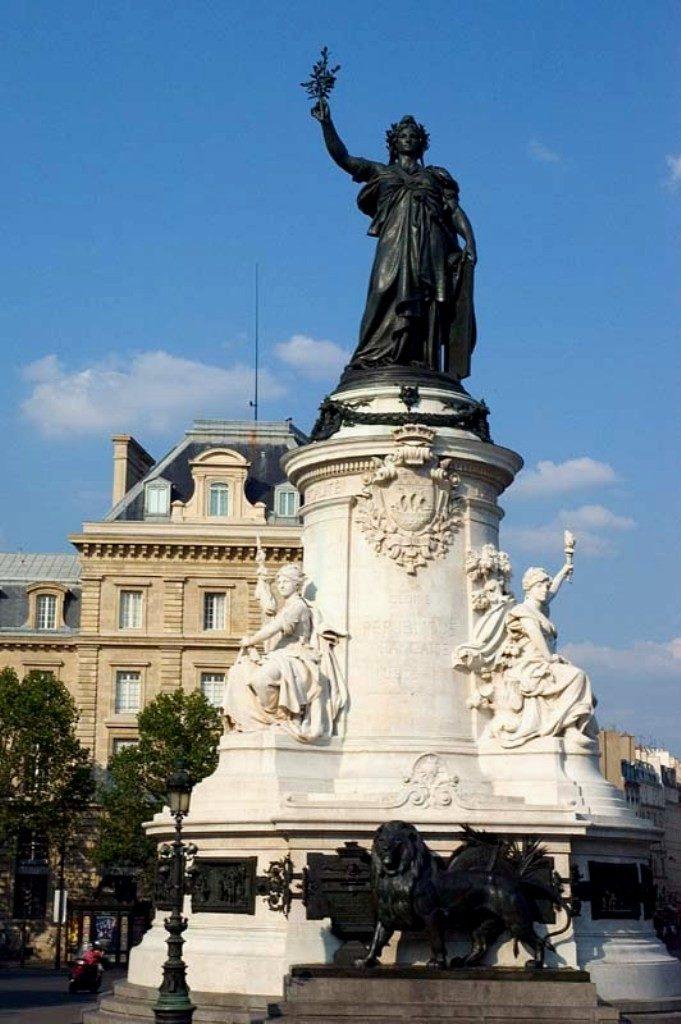 Марианна - символ Франции