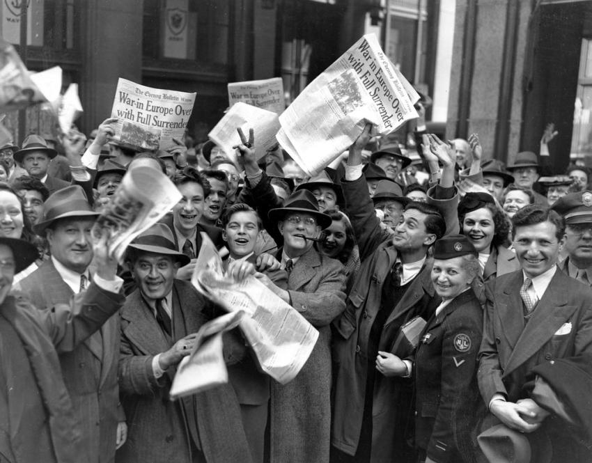 Нью-Йорк, 8 мая 1945